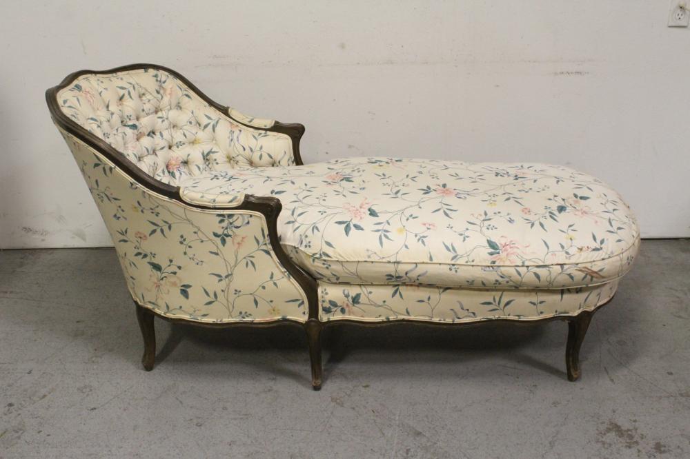 Lot 90: Victorian walnut chaise lounge