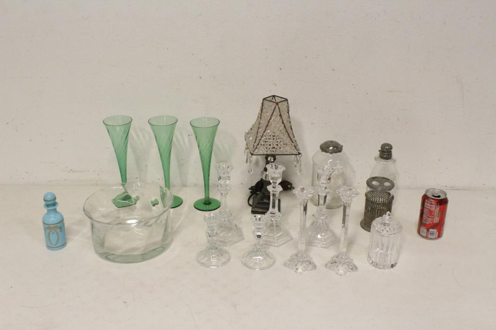 Lot of crystals & glasses, and a table lamp
