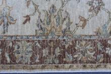 Lot 159: A beautiful hand made area rug