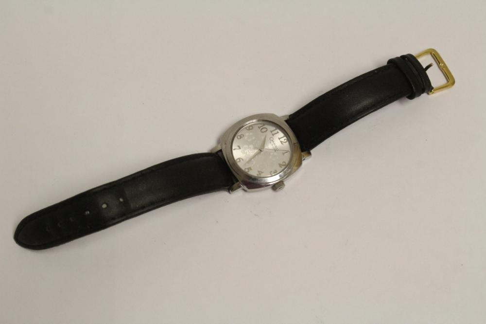 Lot 199: 2 watches