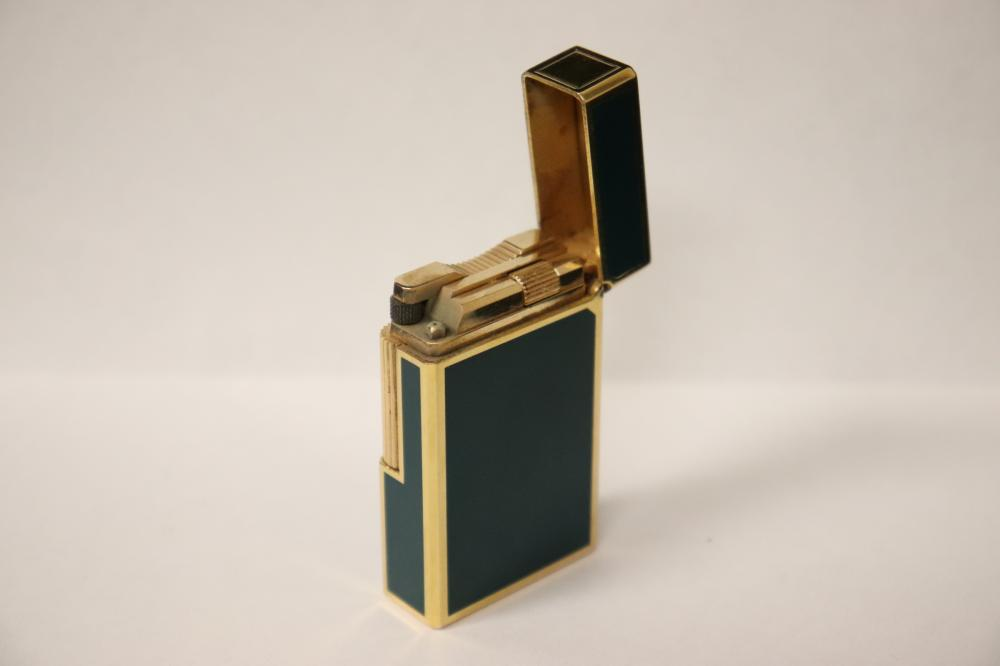 Lot 217: A DuPont lighter