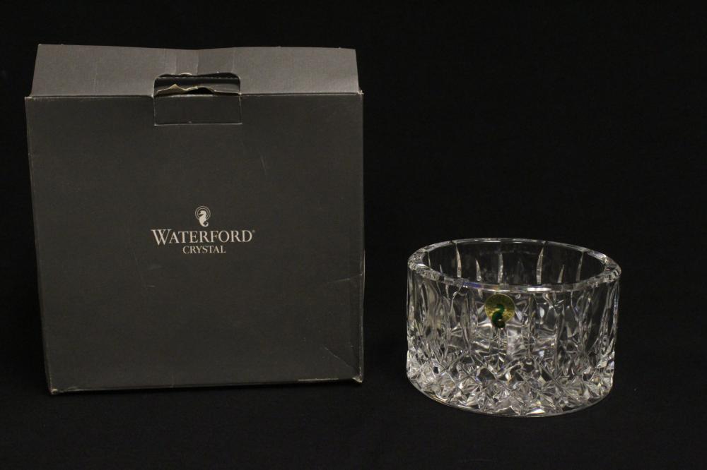Lot 63: 6 piece crystal vases/bowls