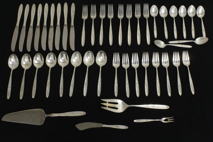 Set of serving for 8 sterling flatware by Towle