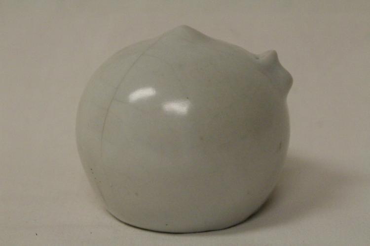 Korean antique white porcelain water dripper