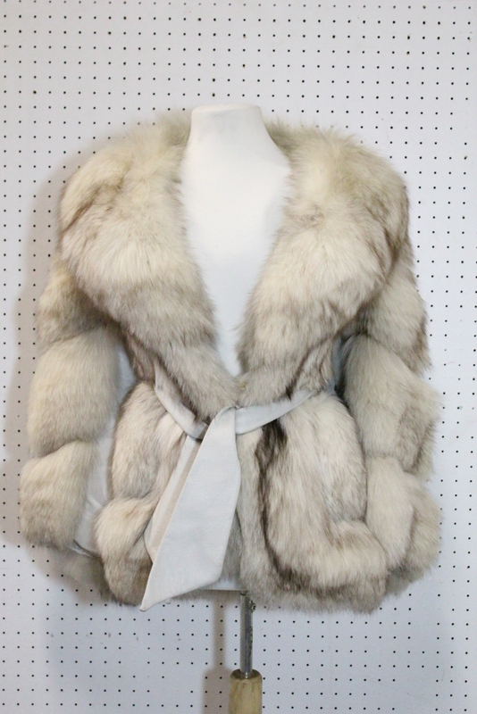 Vintage snow fox half length lady's coat