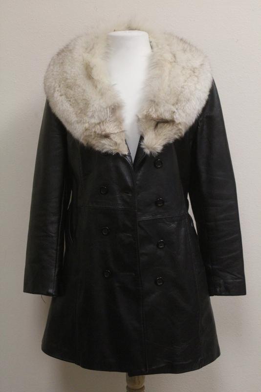 Lady's half length coat with fox fur collar