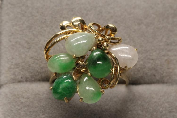 14K Y/G jadeite ring with multicolor small jadeite