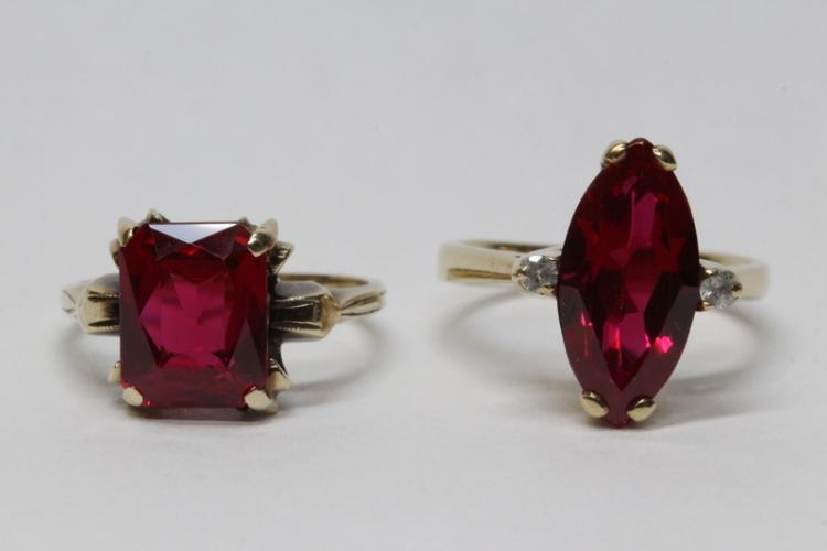 Two 10K Y/G rings with red stones