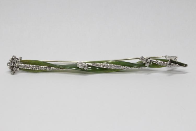 art deco W/G jade and diamond brooch