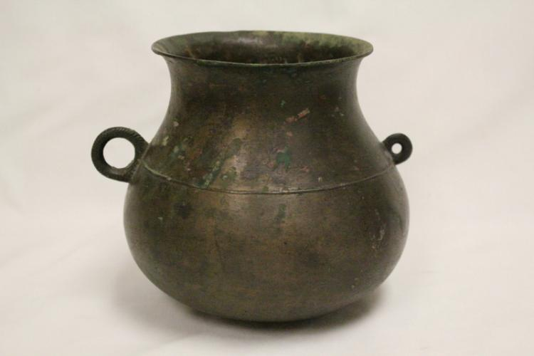 Chinese Han style bronze handled wine jar