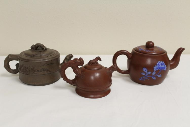 3 Chinese Yixing clay teapots