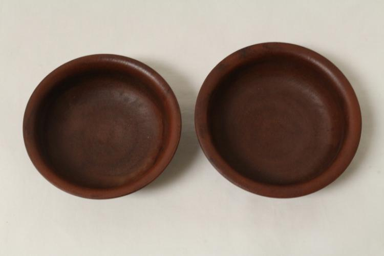 2 Chinese Yixing clay bowls
