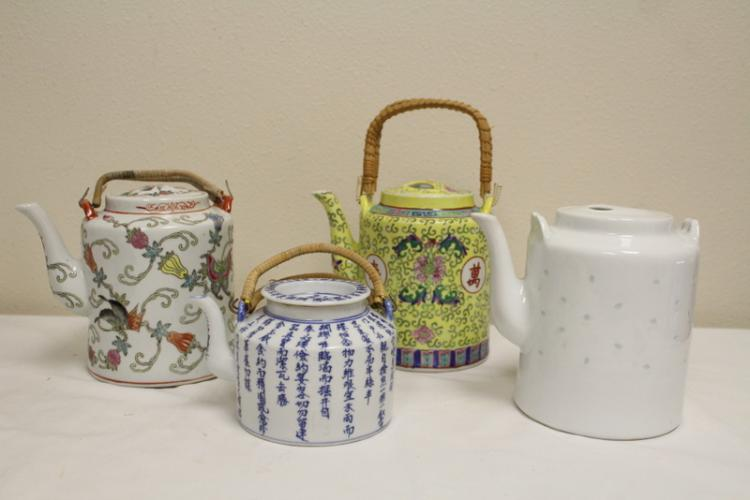 4 Chinese 20th century porcelain teapots