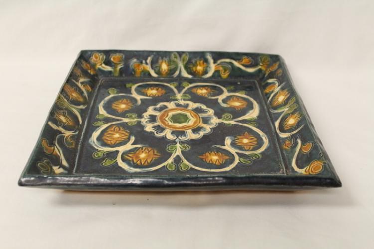 Sancai style square plate