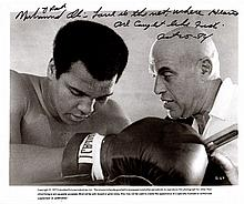 ALI MUHAMMAD: (1942-2016) American Boxer, World Heavyweight Champion. Signed and inscribed 10 x 8 ph