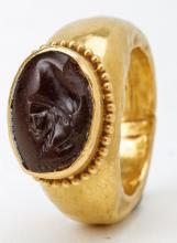 Greco-Roman Gold Intaglio Ring