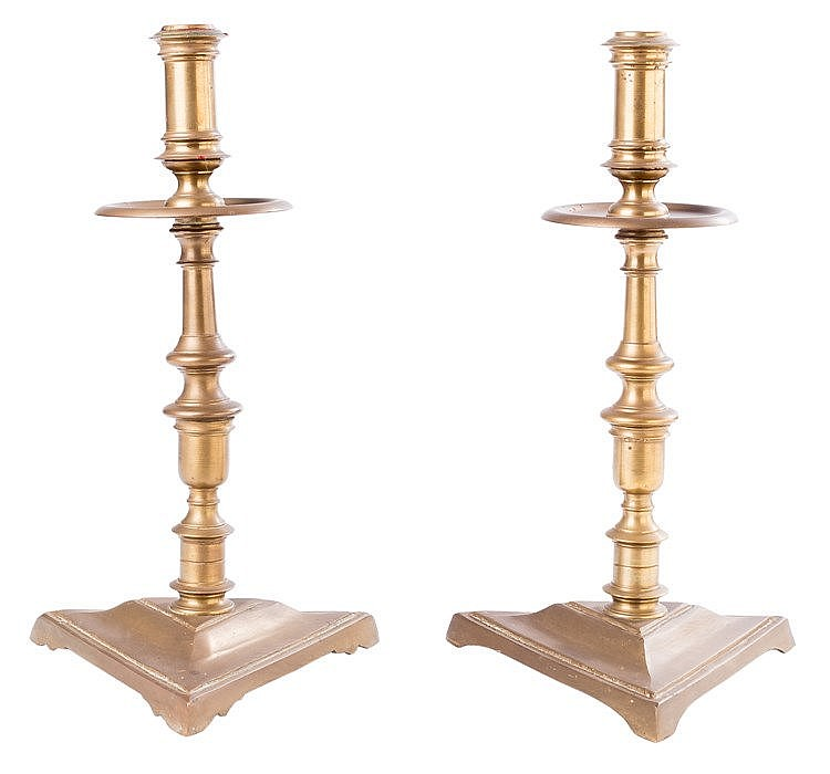 A PAIR OF GILT METAL CANDLESTICKS, 20TH CENTURY