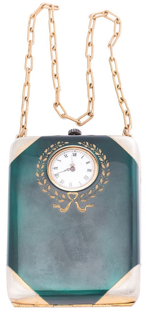 AN EVENING BAG, 20TH CENTURY