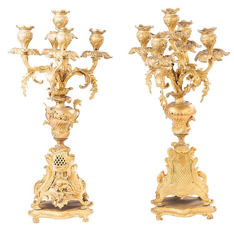 A PAIR OF FRENCH GILT BRONZE FIVE LIGHTS CANDELABRA, LATE 19TH CENTURY
