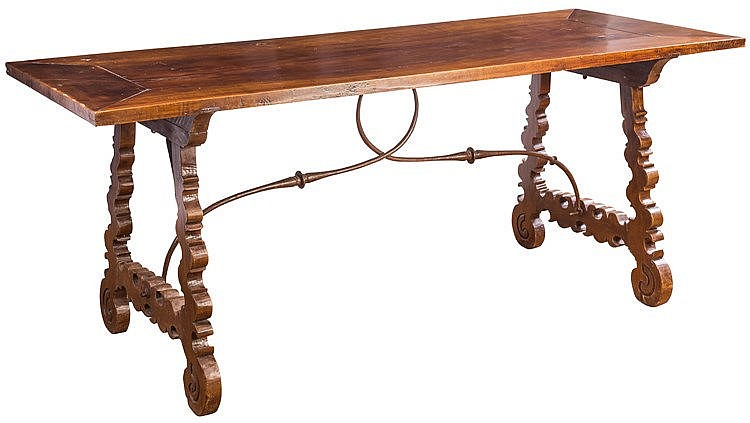 A SPANISH TABLE, 17TH CENTURY