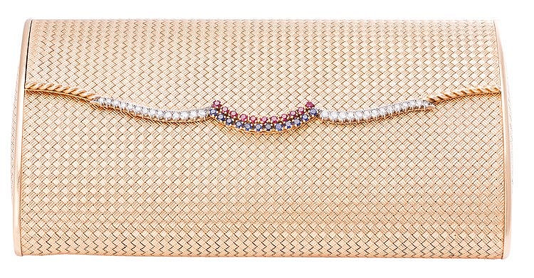 A GOLD, SAPPHIRE, RUBY AND DIAMOND EVENING BAG, CIRCA 1950-1960