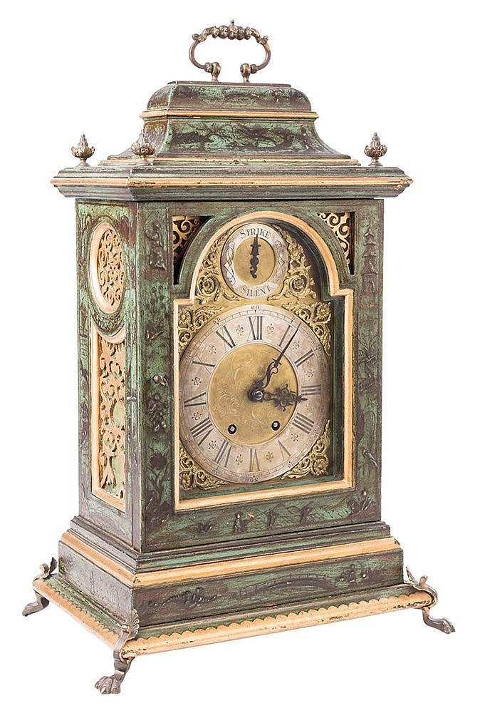 AN ENGLISH STYLE BRACKET CLOCK, 19TH CENTURY