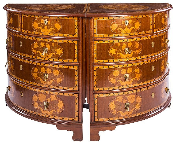 A PAIR OF DUTCH STYLE COMMODES, EARLY 20TH CENTURY