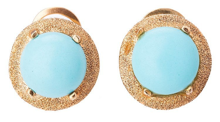A SET OF GOLD AND TURQUOISE JEWELRY