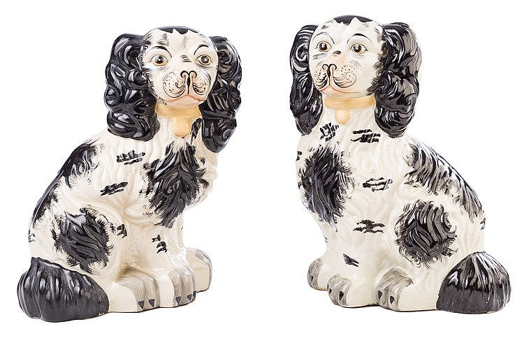 A PAIR OF ENGLISH STAFFORDSHIRE PORCELAIN DOG FIGURES, 19TH CENTURY