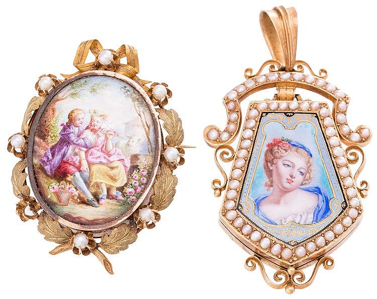 A GOLD, PEARL AND PAINTED PORCELAIN PENDANT, CENTRAL EUROPE, 19TH CENTURY