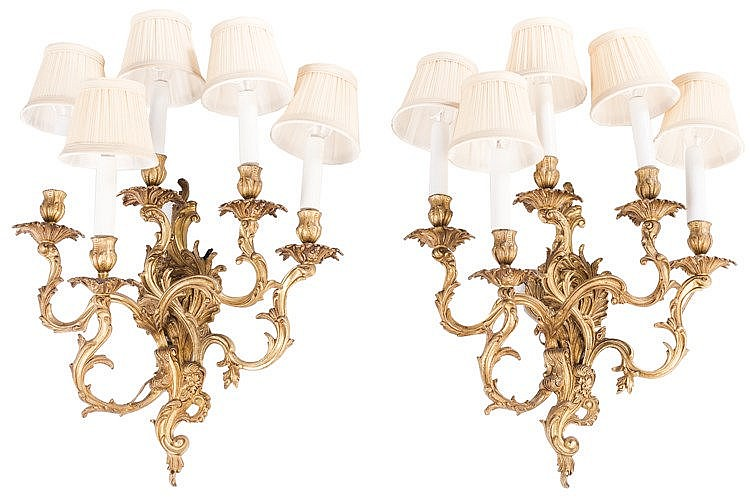 A PAIR OF FRENCH GILT BRONZE FIVE LIGHTS SCONCES