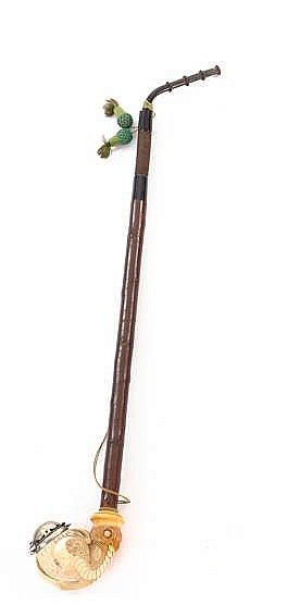 AN ANTIQUE PIPE, 19TH CENTURY