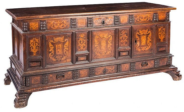 A CATALAN CHEST, 18TH CENTURY