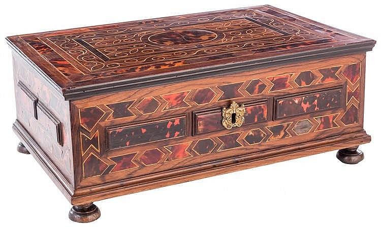 A BOX, 18TH CENTURY