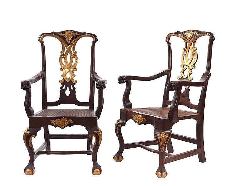 A THREE-PIECE FURNITURE SET, 18TH CENTURY
