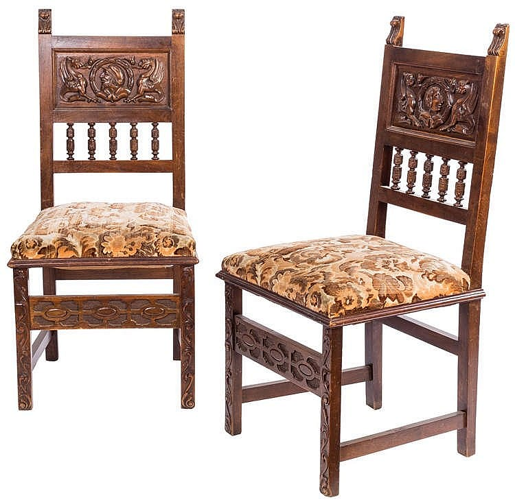 A PAIR OF RENAISSANCE STYLE CHAIRS, 20TH CENTURY