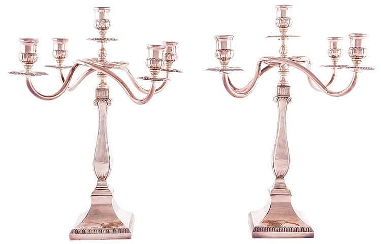 A PAIR OF STERLING SILVER FIVE LIGHTS CANDELABRA