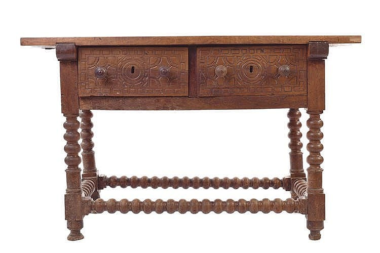 A SPANISH TABLE, 18TH CENTURY