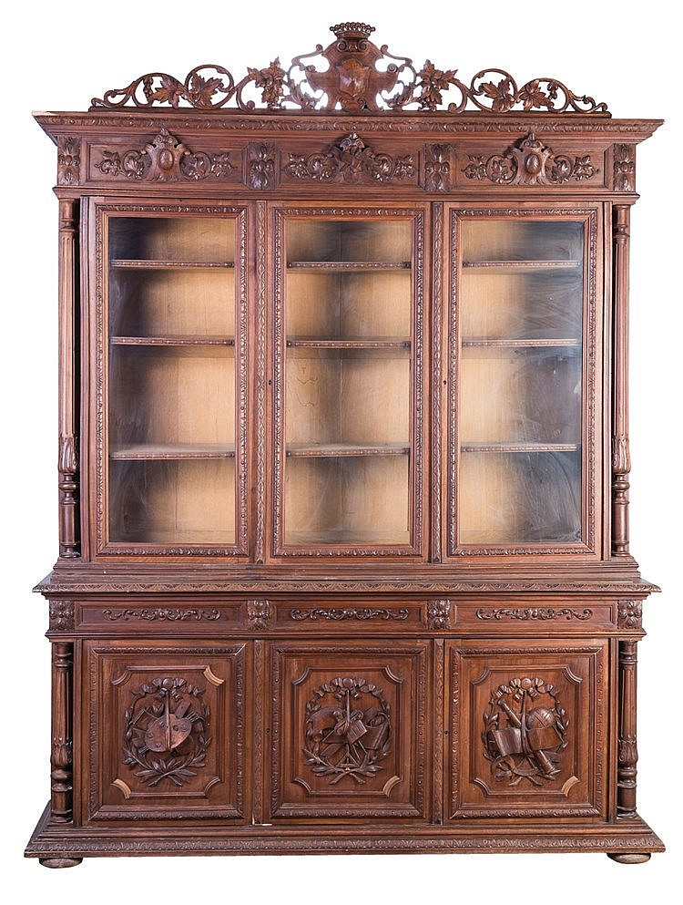 A FRENCH BOOKCASE, CIRCA 1800