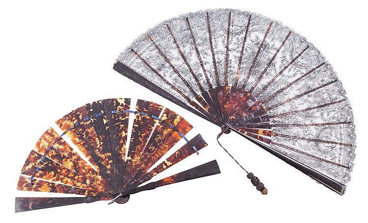 A SPANISH HAND FAN, LAST THIRD 19TH CENTURY