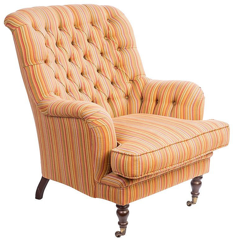 AN ENGLISH-STYLE ARMCHAIR, EARLY 20TH CENTURY