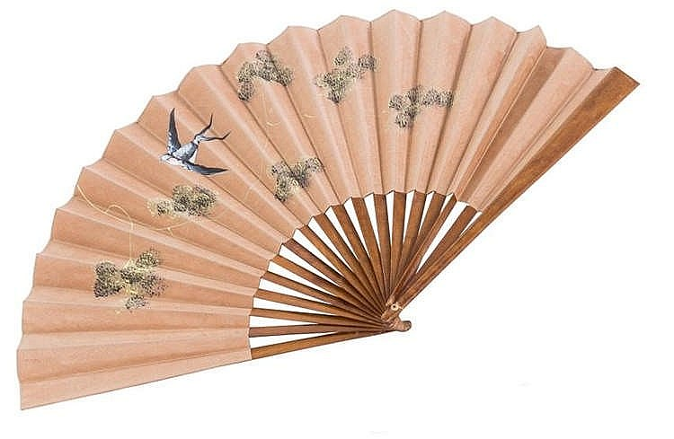 A HAND FAN, SECOND HALF 20TH CENTURY