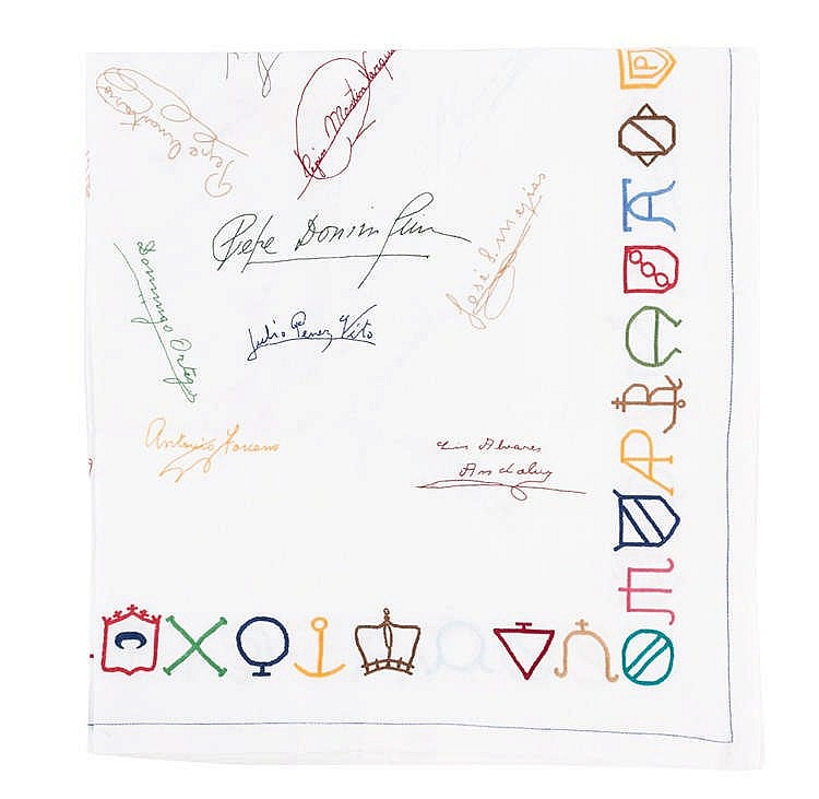 A CLOTH WITH BULLFIGHTERS SIGNATURES