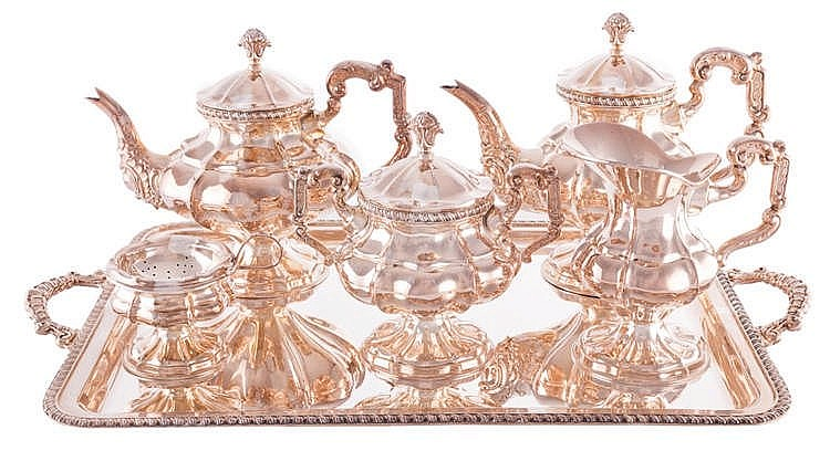 A COFFEE AND TEA SERVICE, 20TH CENTURY