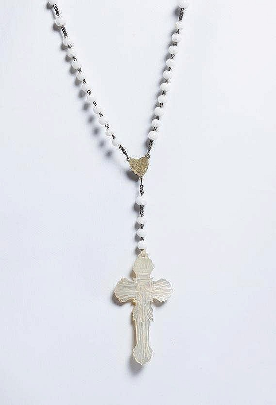 A FRENCH ROSARY, 19TH CENTURY