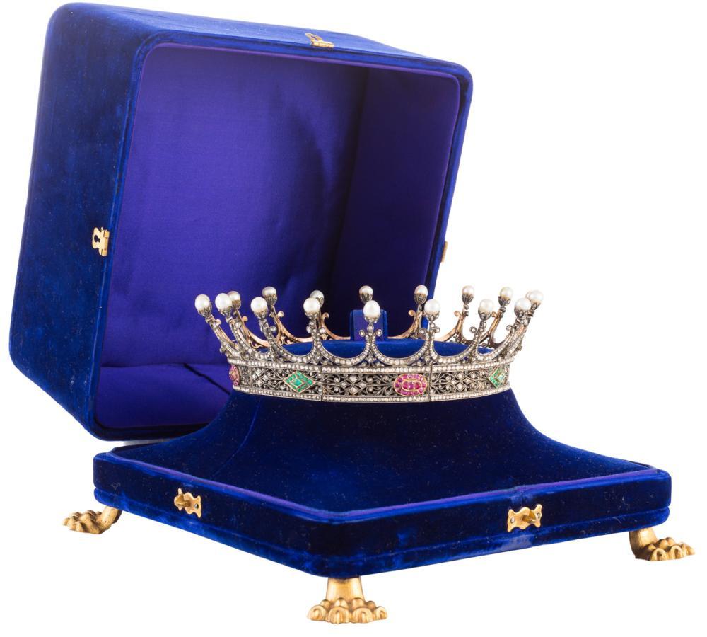 Corona condal originaria del condado de Casillas de Velasco creado por el rey Fernando VII con fecha del Decreto 15 de septiembre del año 1814.
