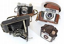 Lot of four Kodak cameras