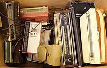 Lot of 11 radios and transistors