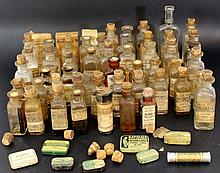 Lot of American pharmaceutical glass bottles