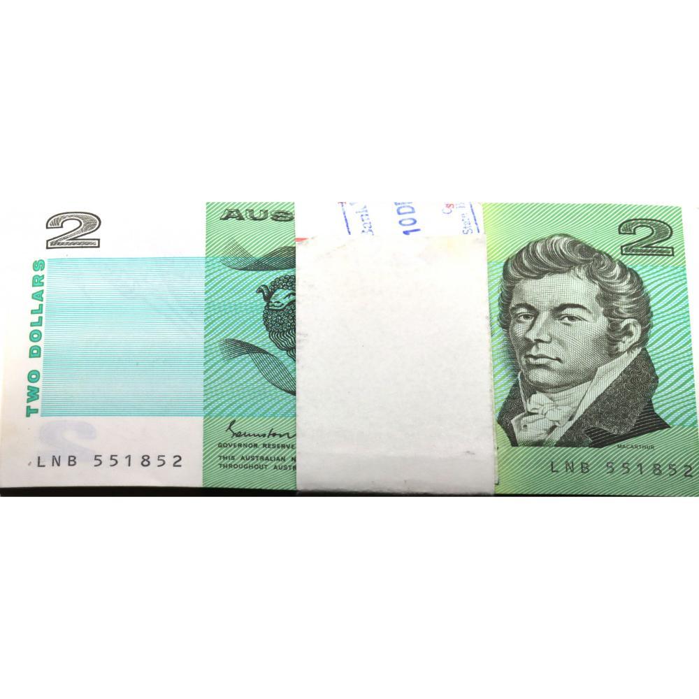 100 x Australian 2 Dollar Bank Note